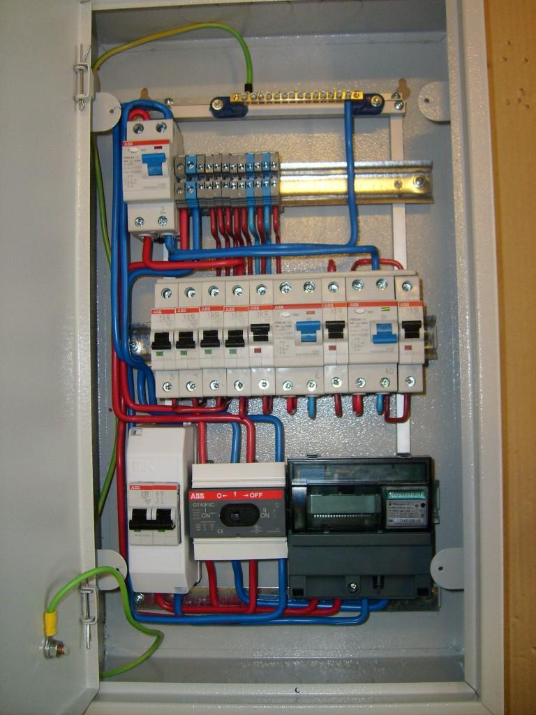 Как собрать электрощиток в частном доме